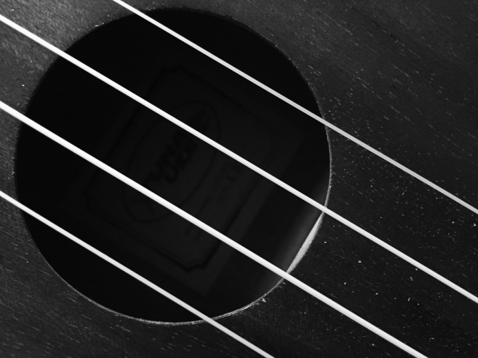 ukulele1